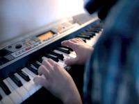 piano_200X150